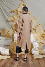 Load image into Gallery viewer, S/S 20 SILVA LONG JACKET - SAND
