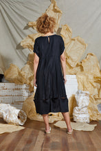 Load image into Gallery viewer, Black Linen Trans-seasonal Dress