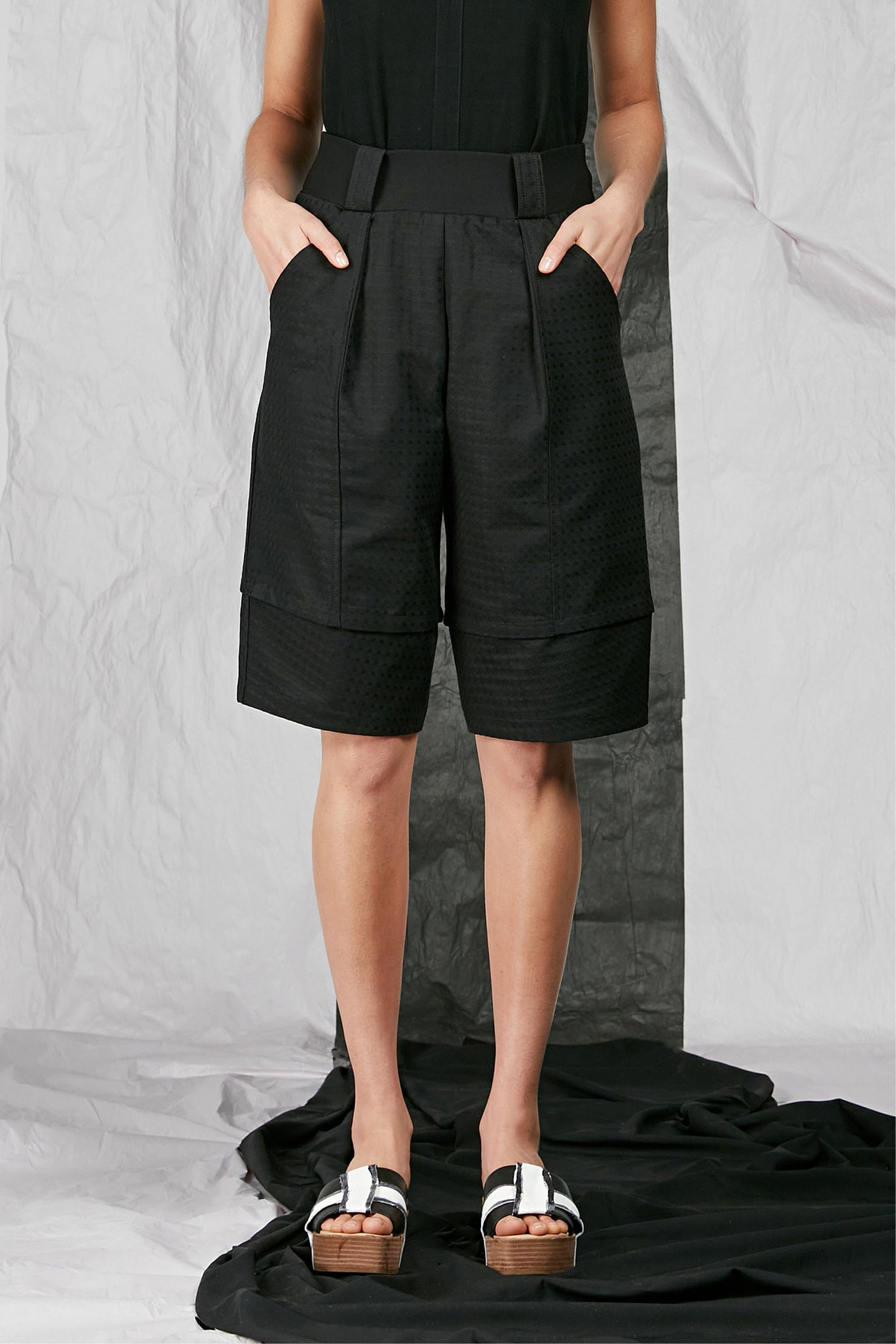 Women's Unisex Black Tailored Cotton Shorts