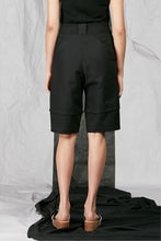 Load image into Gallery viewer, Women's Unisex Black Tailored Cotton Shorts