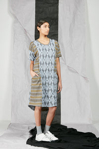 Dropped Kimono Sleeve Patterned Knit Tee Shirt Dress with Large Pockets