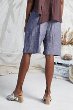 Load image into Gallery viewer, TOMO FOLD SHORTS - INDIGO CHAMBRAY