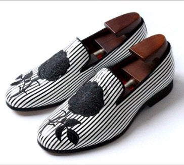 Black and white striped embroidery mens wedding shoes