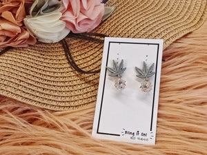 BIO-0466 Blue leaf pineapple crystal earrings