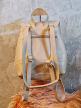Load image into Gallery viewer, BGAL-0404 cream leather bag