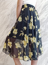 Load image into Gallery viewer, ELE-0235 Black yellow chiffon floral long skirt