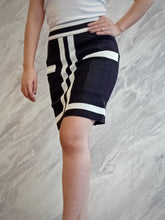 Load image into Gallery viewer, BUP-00049 Striped knitted skirt