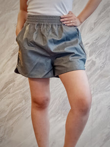 BUP-00061 Gray leatherete shorts