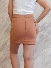 Load image into Gallery viewer, BUP-00016 Brown 2 button skirt