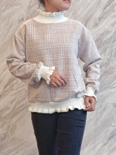 Load image into Gallery viewer, ELE-0381 Turtle neck wooven pull over ash brown