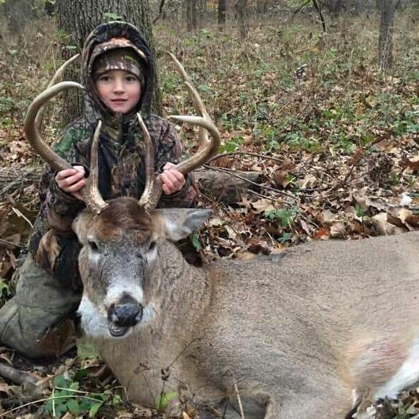 Whitetail Deer Hunt in Missouri for 3 Hunters
