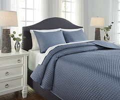 Signature Design By Ashley Q256043Q Dietrick 3 Piece Quilt Set, Queen, Blue