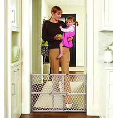 Diamond Mesh Gate, Fits Spaces Between 26.5 To 42 Wide And 23High