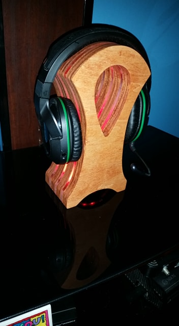 Stardock (Themed) Headphone Stand by BHE Designs