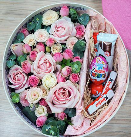 Gentle Roses and Sweetness Box
