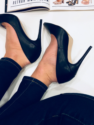 'Ava' Classic Smooth Leather Stiletto Heels - Black - Clothing Buy Love