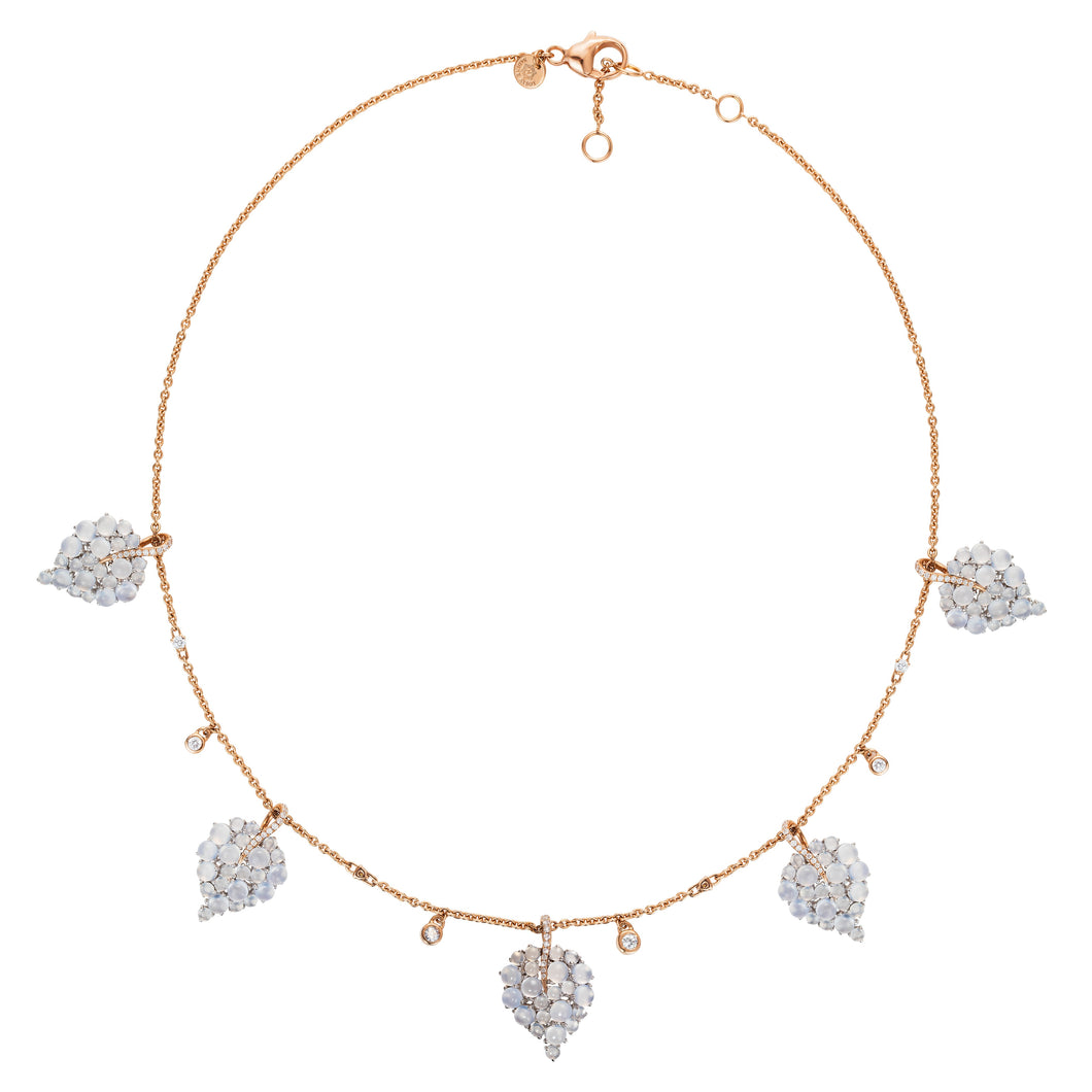 Grandes Feuilles Short Chalcedony Necklace