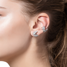 Load image into Gallery viewer, Petite Feuille White Ear cuff
