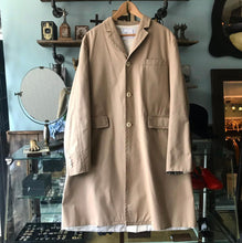 Load image into Gallery viewer, Sacai Beige Single Breasted Cotton Long Trench Coat - M