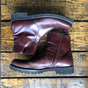 Salvatore Ferragamo Burgundy Soffio Side Zip Leather Boot - 11