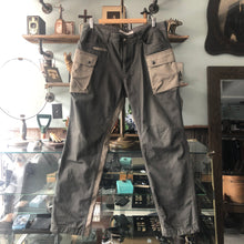 Load image into Gallery viewer, White Mountaineering 2015 AW Olive Green Cargo Trousers - M