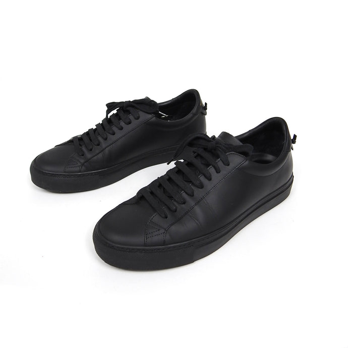 Givenchy Knot Low Top Sneaker Size 40.5