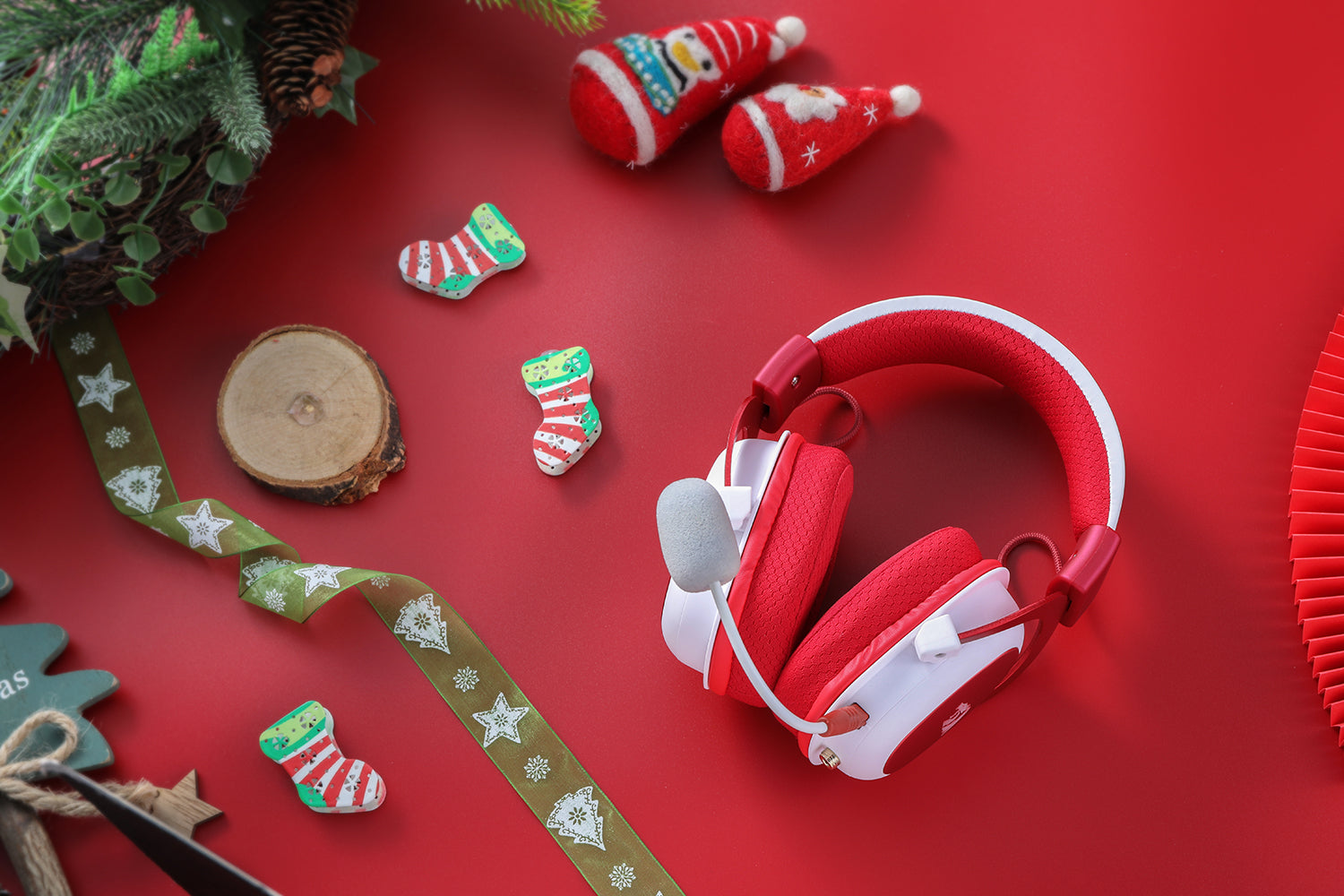 Redragon H510 Zeus Xmas Wired Gaming Headset Christmas Edition