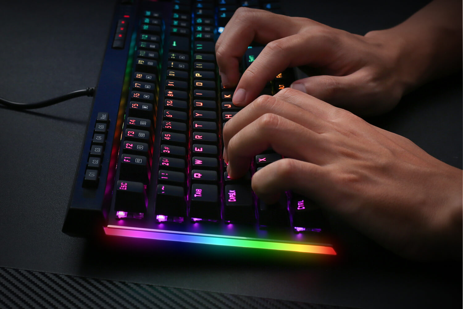 Redragon k580-pro brown switches keybaord with RGB Side Lights