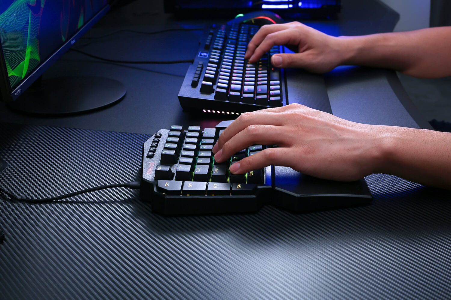 redragon one-handed gaming keyboard