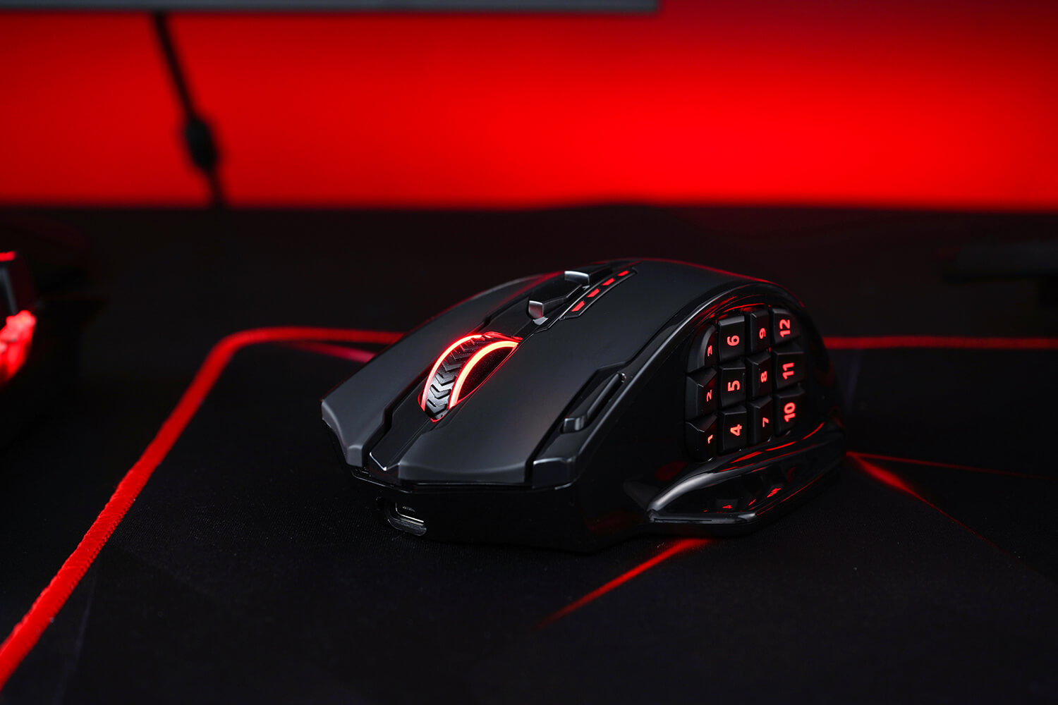 Wireless RGB Gamer Mouse with 20 Programmable Buttons