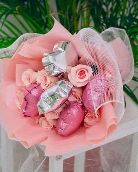 Flower Bouquet - Balloons with roses | Free Flower Delivery | V Florist SG