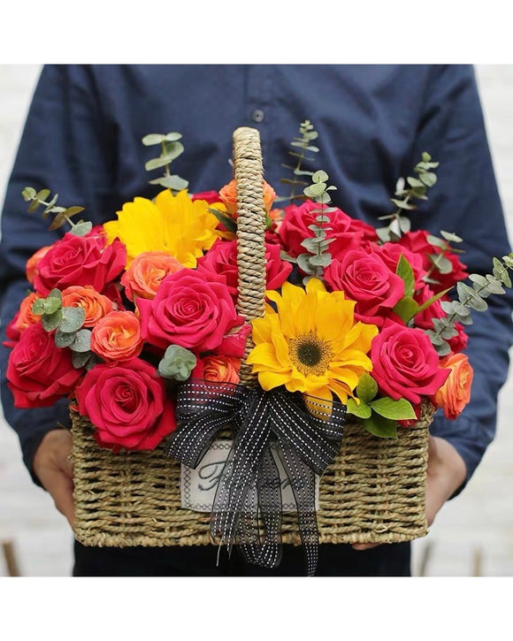 Grand Flower box Flower Basket | Free Flower Delivery | V Florist SG