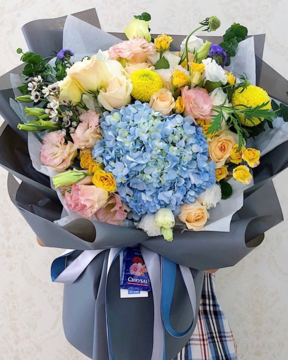 Korean style fresh flower bouquet | Free Flower Delivery | V Florist SG