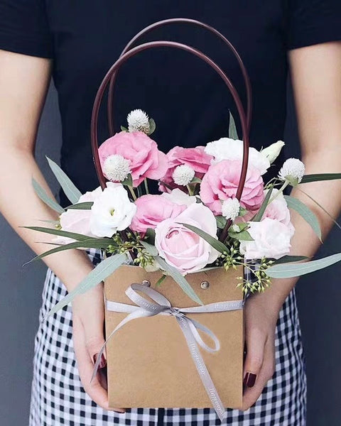 eustoma flower box | Free Flower Delivery | V Florist SG