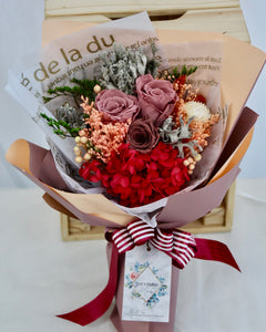 Preserved Rose Bouquet | Same Day Delivery Available‎ | V Florist SG