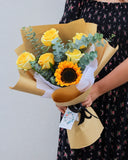 Sunflowers with Roses flower bouquet | Free Flower Delivery | V Florist SG