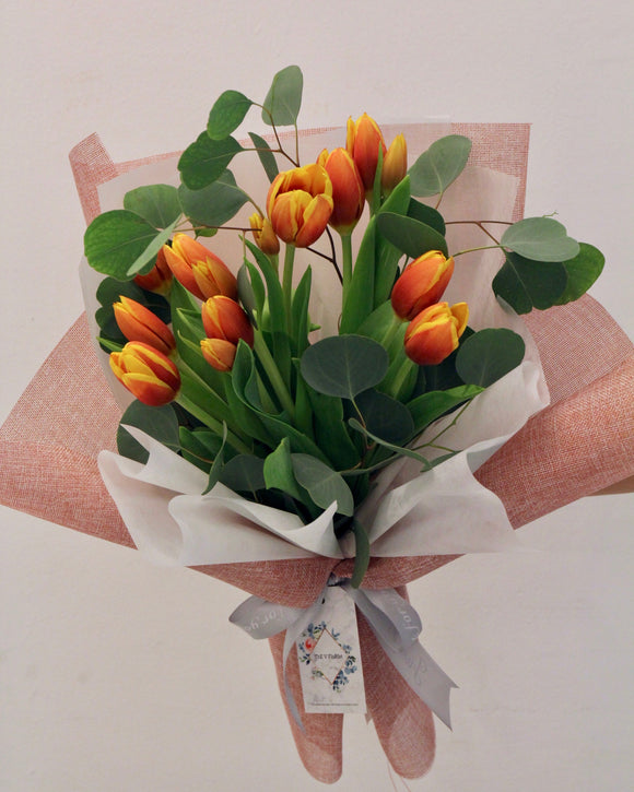 tulip flower bouquet | Free Flower Delivery | V Florist SG