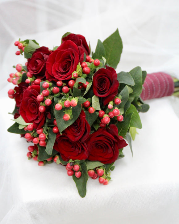 Wedding Bridal Bouquet | Free Flower Delivery | V Florist SG