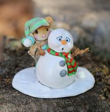 Snowball Fright - M597a - Wee Forest Folk