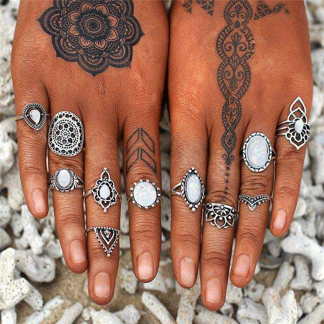 Unique Age Flower Ring Sets