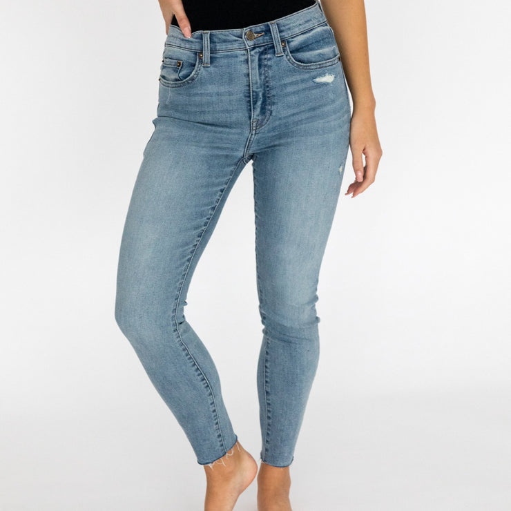 Jeans in Medium Wash