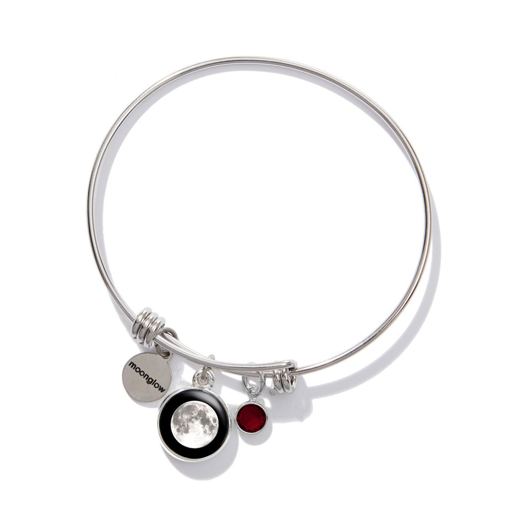 5 Of Our Favorite Moon Bracelets For Spring