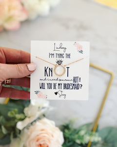 I'm tying the KNOT circle pendant necklace!