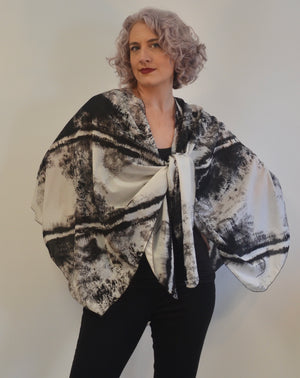 Silk Triangled Ruana in White and Black