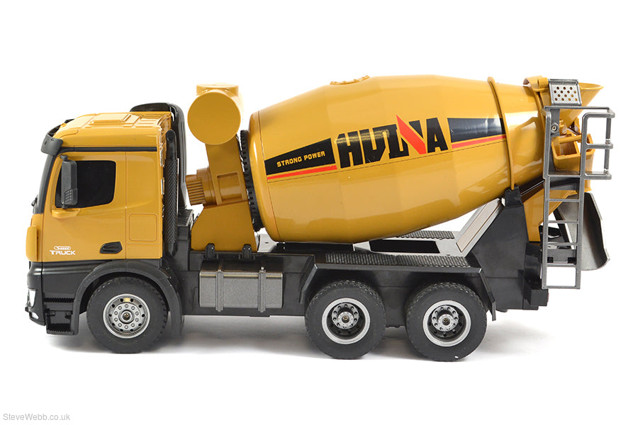 Huina 1574 RC Cement Truck