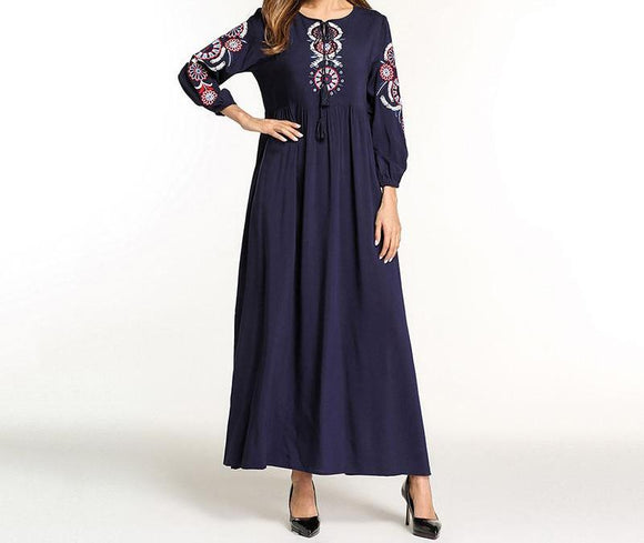 Long Dress with Pattern Embroidery and Tassels -  Selsabeel