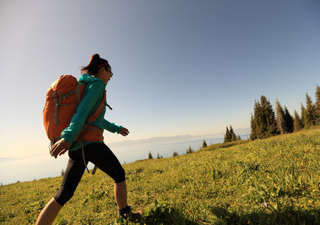 Hitting the Trail? Here Are The 5 Snacks You Should Pack