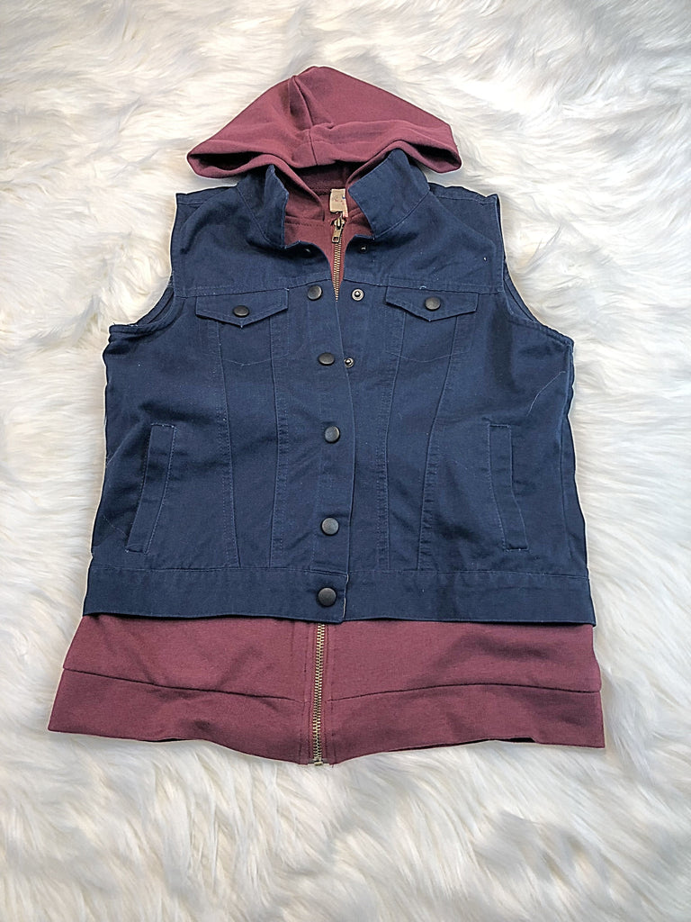Contrast Detail Hooded Cargo Button Up Vest