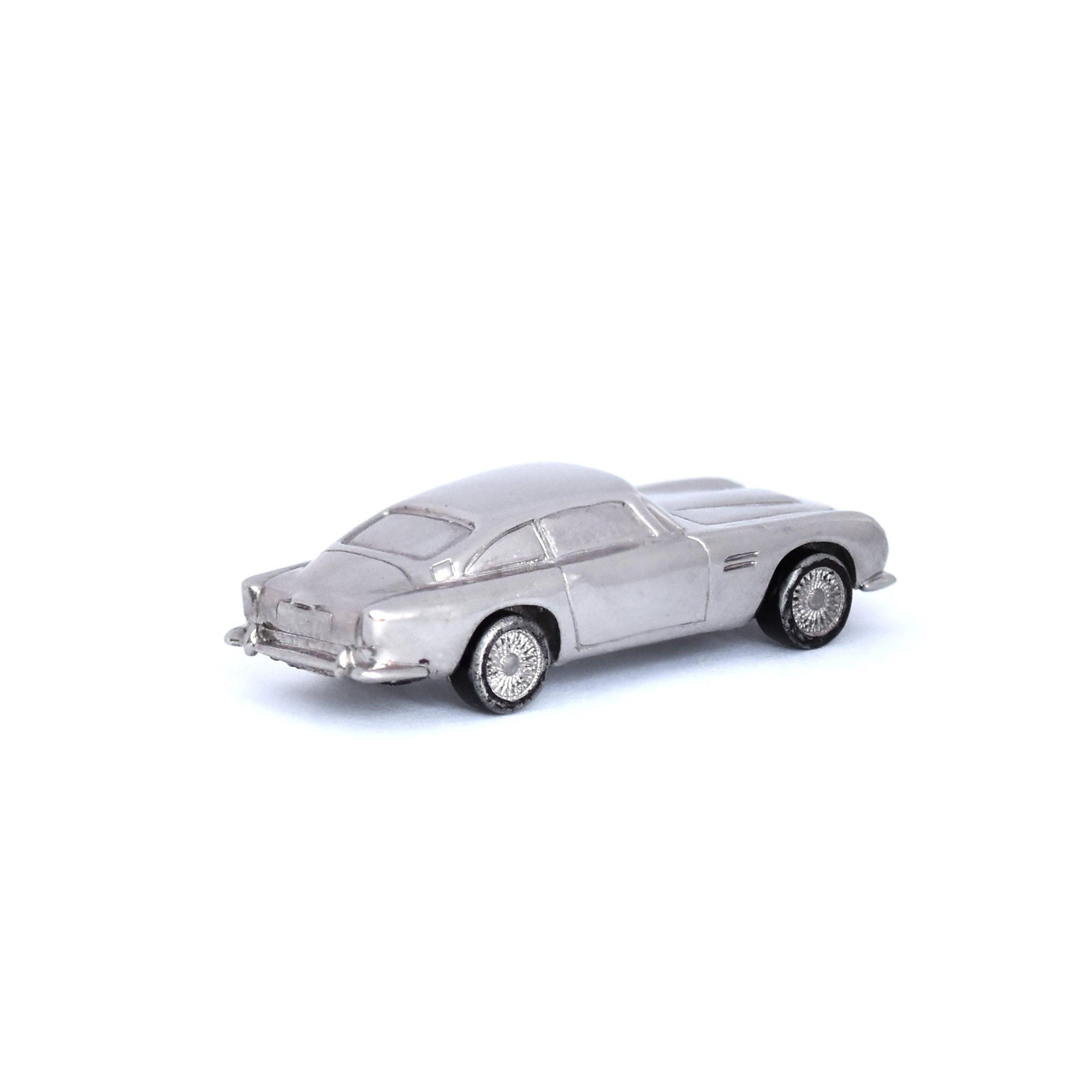 LaParra_Jewels_toy_car_gold_diamonds_luxury_toy_exclusive_toy_gold_diamonds_one_of_a_kind_handmade_car_miniature_minicar_Aston_Martin_miniature