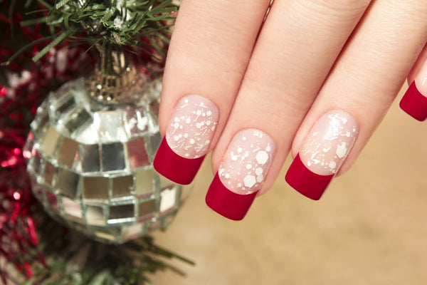 The 15 Best Christmas Nail Art Ideas 2021